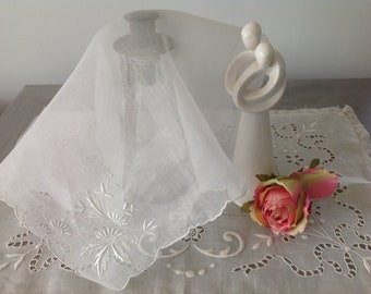 Wedding handkerchief hand embroidered vintage, bridesmaid gift, mother of the bride