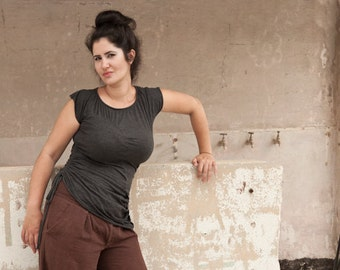 Asymmetrical Top ,  Short Sleeve Shirt , Crew Neck , Women Plus Size , Heather Grey