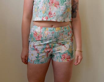 Sweet garden floral print matching top and shorts set- S/M