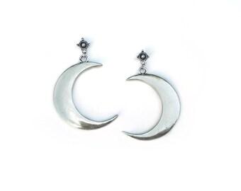 Moon Earrings Crescent Moon Earrings Crescent Earrings Grunge Earrings Witchy Earrings Stud Earrings Celestial Jewelry Silver Moon Earrings