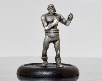 Modern Miniature - Vintage Bare knuckle Boxer - 28mm Unpainted - WF06