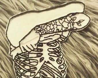 Skeleton skin pull