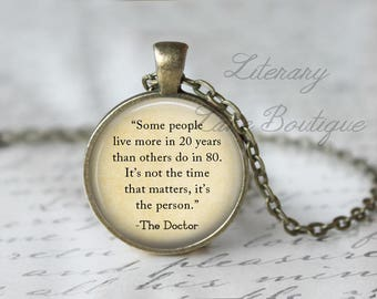 Doctor Who, 'It's Not The Time That Matters' Dr Who Quote, Tardis, Time Lord, Gallifrey, Gallifreyan Necklace or Keyring, Keychain.