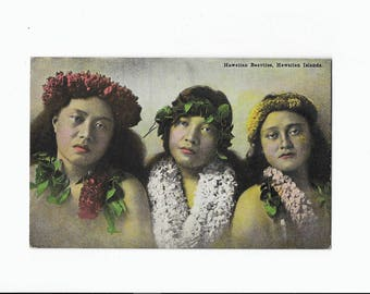 Hawaiian Beauties, Antique Postcard Circa 1910 from the The Island Curio Co,  Honolulu, Unhappy Hula Dancers