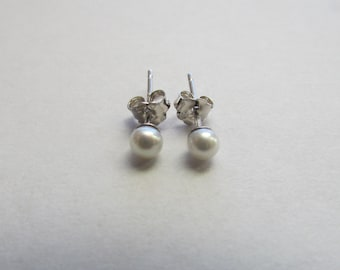 3-4mm White Pearl Earrings,Stud Pearl Earrings,Sterling Silver Pearl Earrings