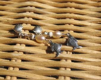 Beachy earrings- Sterling silver fish earrings, freshwater pearl- Lisa New Design