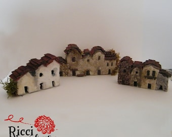 Miniature cottages ideal for crib or dioramas