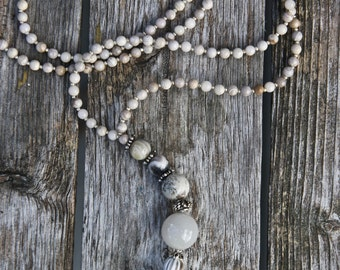 Long Tassel Necklace with Agate Round Beads