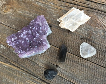 Crystal Set for Focus, Calming & Grounding -Healing Crystals, Amethyst, Selenite, Black Tourmaline, Smoky Quartz Point, Clear Quartz