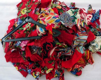 SET of small pieces of fabric for patchwork red and multicolored, sold by weight