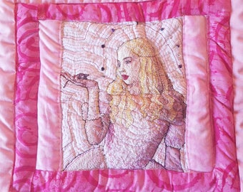 White Queen Quilt Square