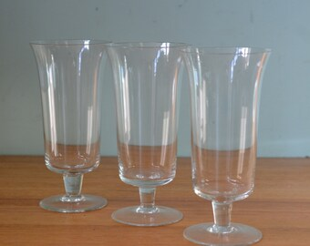 Vintage three Wine Champagne glasses stemmed BlaT2