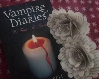 6 x Vampire diaries paper rose bunch