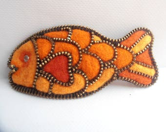 Hair clip red fish felted