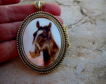 Vintage Polished Mother of Pearl MOP Shell Cameo Transferware Brown Horse Pendant Necklace