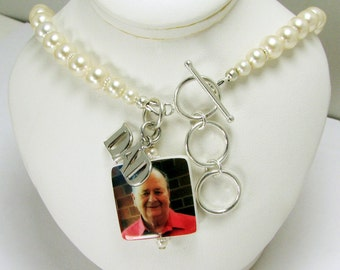 Brides Anklet with a Dangling Photo Charm and a Dad Charm - P3aB1