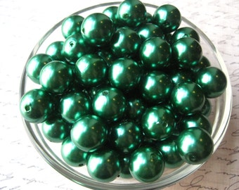 Green Pearl Bead, 10 pcs Gumball Beads, 16mm Emerald Green Pearl Bubblegum Beads, Faux Pearl Beads, Necklace Beads
