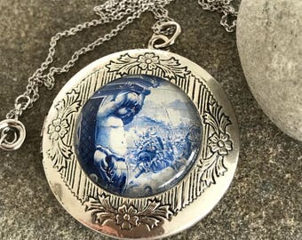 Cherub, Locket, Cherub Locket, Silver Locket, Vintage Style, Locket Necklace, Photo Locket, Memory Locket, Delft, Blue and White, Pendant