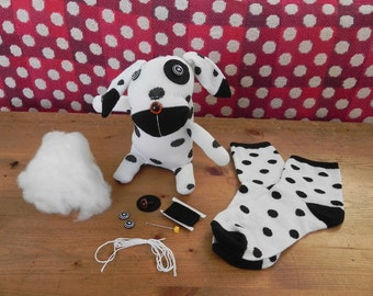 Kids craft kit - childrens sewing kit  make a sock puppy craft kit - craft kit for kids - learn to sew - crafty birthday gift