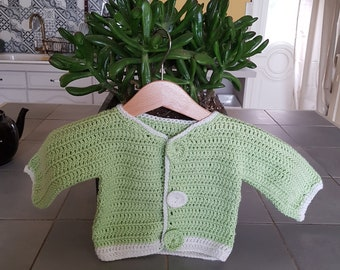 Green almond/white vest T 3 months