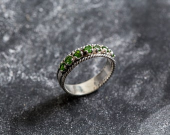 Half Eternity Band, Emerald Green Ring, Chrome Diopside Band, Chrome Diopside Ring, Natural Chrome Diopside, Green Eternity Band, Silver