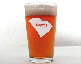 Clemson Beer Glass. Pint Glass. Beer Gifts. Mancave. Tiger Glass