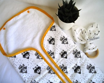 Changing mat graphic Nomad, raccoons Indian black and grey, mustard yellow bias, baby boy, girl gift
