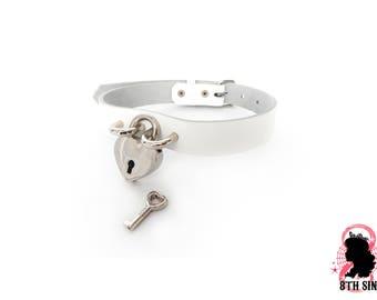 White Heart Padlock Choker with Key, White Heart Lock Choker, Lock and Key Choker, White Heart Padlock Collar, Padlock and Key Collar