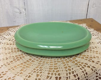 Vintage Green Ceramic Soap Dish