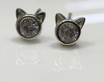 Cats as Stud Earring in Silver, Cat Earring, Cats, Kitty earring, Kitties, Kitty Cat ring, I Love Animals, I Love Cats