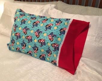 Ohana and Pineapples No Seam Pillowcase