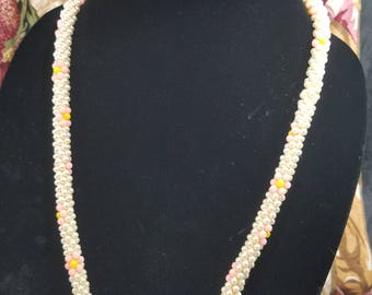 Fun & Unique! Twisted Beaded Necklace with Flower Pattern