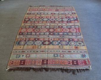 kilim rug free shipping VINTAGE TURKİSH blackgoats kilim Anatolian  kilim rug decorative kilim - SİZE : 60'' X 93'' ( 150 cm X 233 cm)
