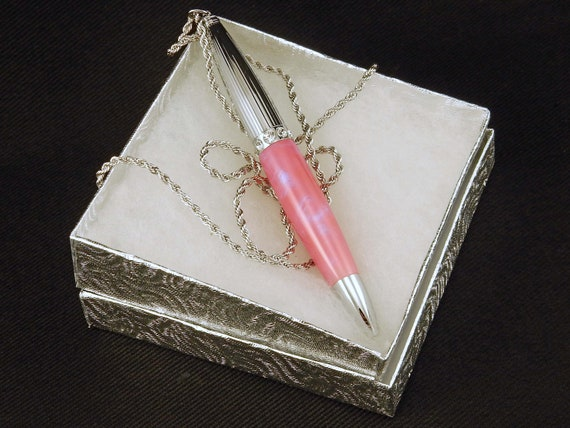 Mother's Day Pen Necklace in Soft Pink Sky