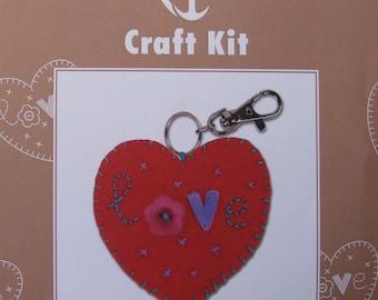 Making Keychain heart felt sewing kit