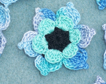 10 cotton crochet applique flowers  black aqua ocean  -- 1799