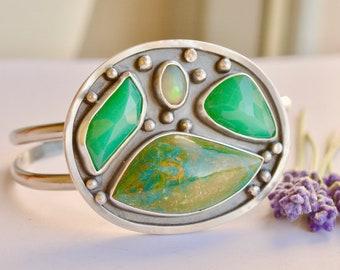Chrysoprase Cuff Bracelet, Peruvian Opal Cuff, Opal Bracelet, Handmade Silver Bracelet, Bold Metalwork, Green Stone Bracelet, Gift For Her