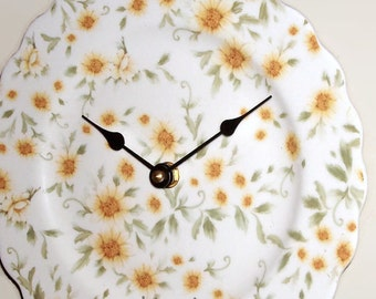 Daisy Wall Clock, 9 inches SILENT, Ivory and Yellow Floral Clock, Porcelain Plate Wall Clock, Kitchen Clock - 2442