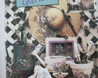 "Folk Art Decorative book "" Grans Garden "" by Kos Stallcup 84 pages 1994 used book"