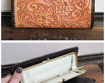 1970s Wallet // Mexican Floral Tooled Leather Wallet // vintage 70s wallet