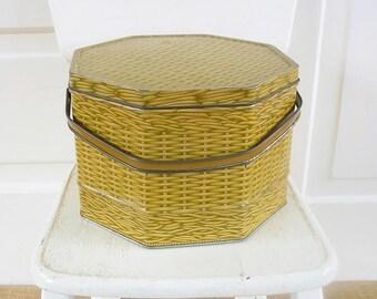 Vintage Picnic Basket, Vintage Metal Basket, Vintage Yellow Basket, Vintage Faux Bois Basket, Vintage Easter Basket, Vintage Metal Box