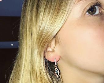 Earring dangle blue eye