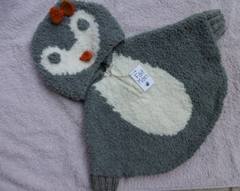 Hooded baby poncho and child Penguin ticote hand 3 months to 24 months