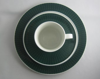 Rosenthal Germany studio-linie. Porcelain coffee place setting, coffee set 3 pcs. Form Variation, Tapio Wirkkala. 1960s porcelain. VINTAGE