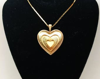 Vintage Valentine Heart Pendant Sara Coventry Victorian Choker Necklace Collar Art Nouveau Serpentine Dainty Chain Gold Cream Double Caged