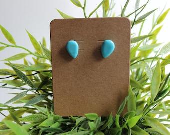 Handmade Earrings - Blue Stone Rain Drop studs,jewelry,ears,pierced,piercing,lobe,simple,classy,jewellery,blue,rain,water,stone,crystal,tear