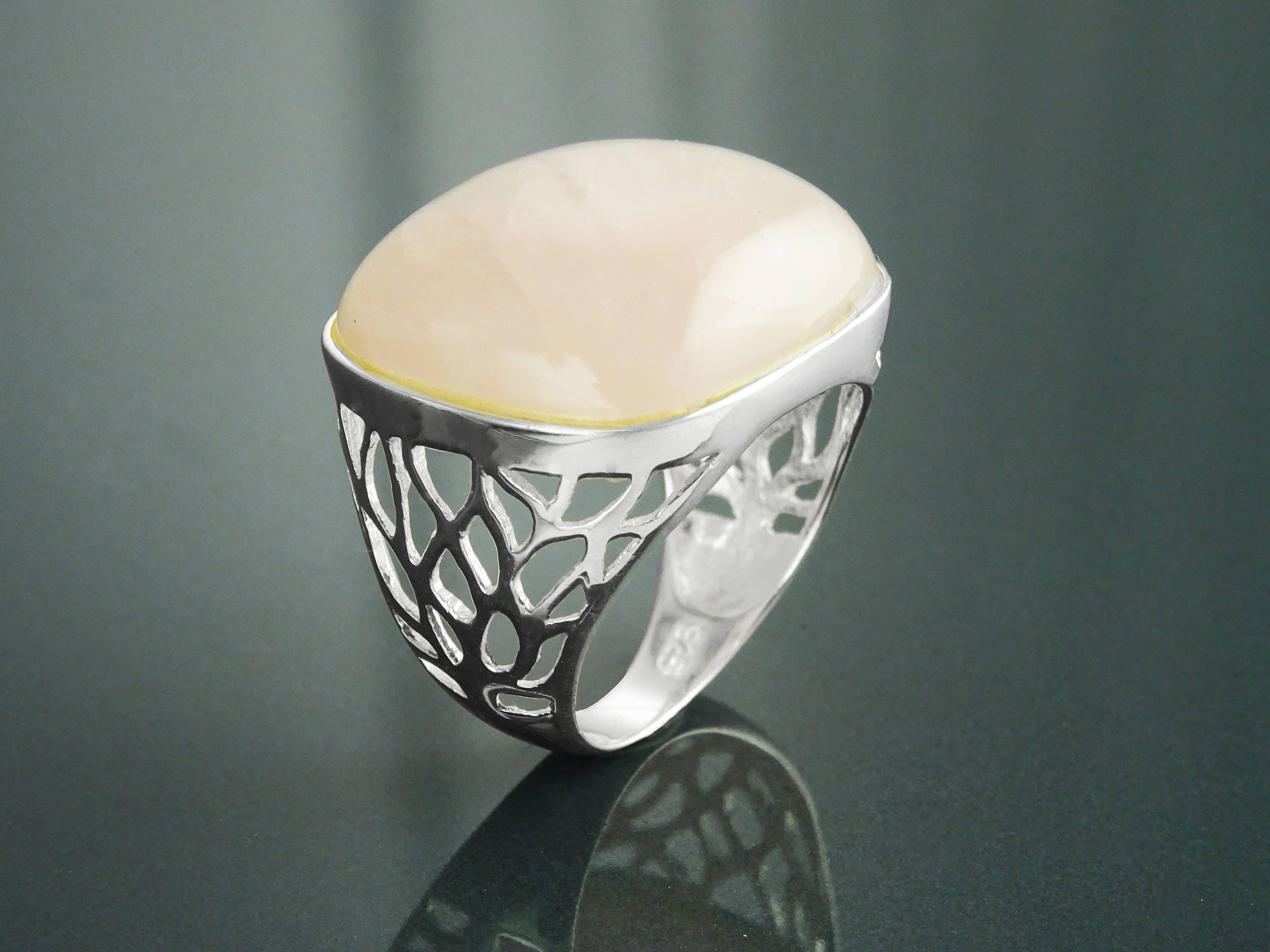 gemstone lily silver quartz luminous cocktail blanche ring rose rings