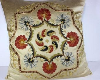 Silk Suzani Pillow cover, Suzani Pillow, Bohemian Pillow, Boho Pillow, Moroccan Pillow, Decorative Pillows, Accent Pillows, SP170