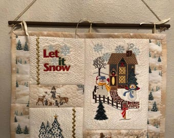 Christmas Snowman Wall Hanging Quilt Beige and White Quilted Christmas Wall Hanging, Machine Embroidered Holiday Art Quilt, Quiltsy Handmade