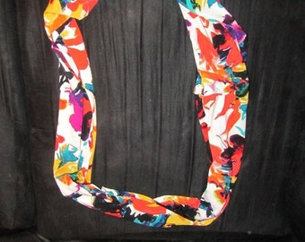 Hawaiian Floral Print Infinity Scarf